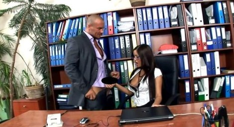 Secretary Angelica Heart in black stockings having forbidden office sex – video