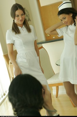Minnieandmary free gallery - nurses in white stockings