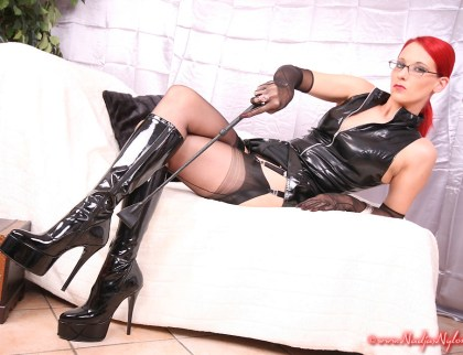 Nadjas Nylons gallery: Nylon domina Nadja in black latex boots