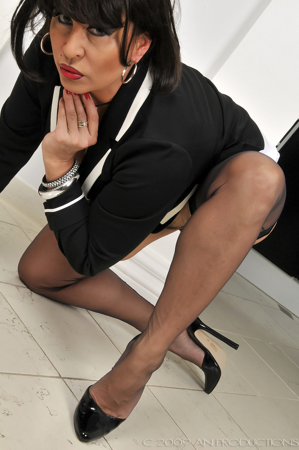 Amanda Nylons Black Seamed