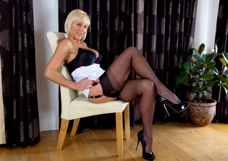 Jans Nylon Sex pictures – Jan Burton striptease in seamed black nylons