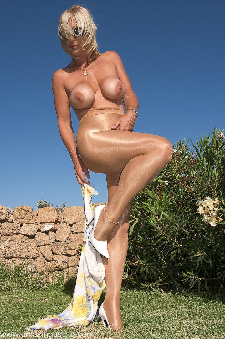 ginger chubby teacher naked sex