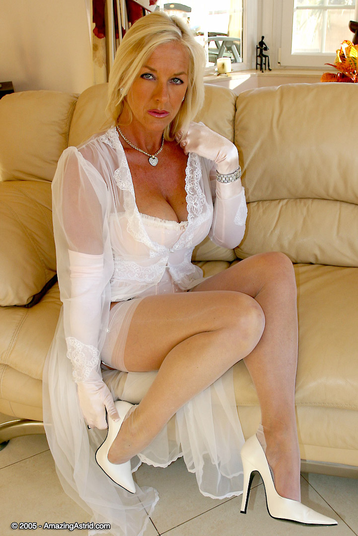 Removed (has Nylon white milf have hit