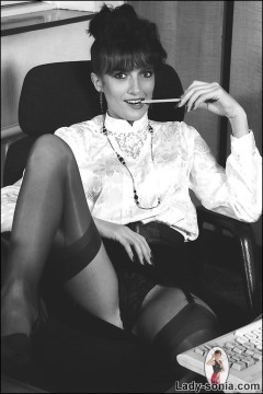 lady sonia pictures  gill young