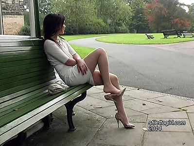 Stiletto Girl free video Faye in nylon pantyhose and stiletto high heels