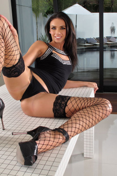 Long legged beauty Tiffany Tyler