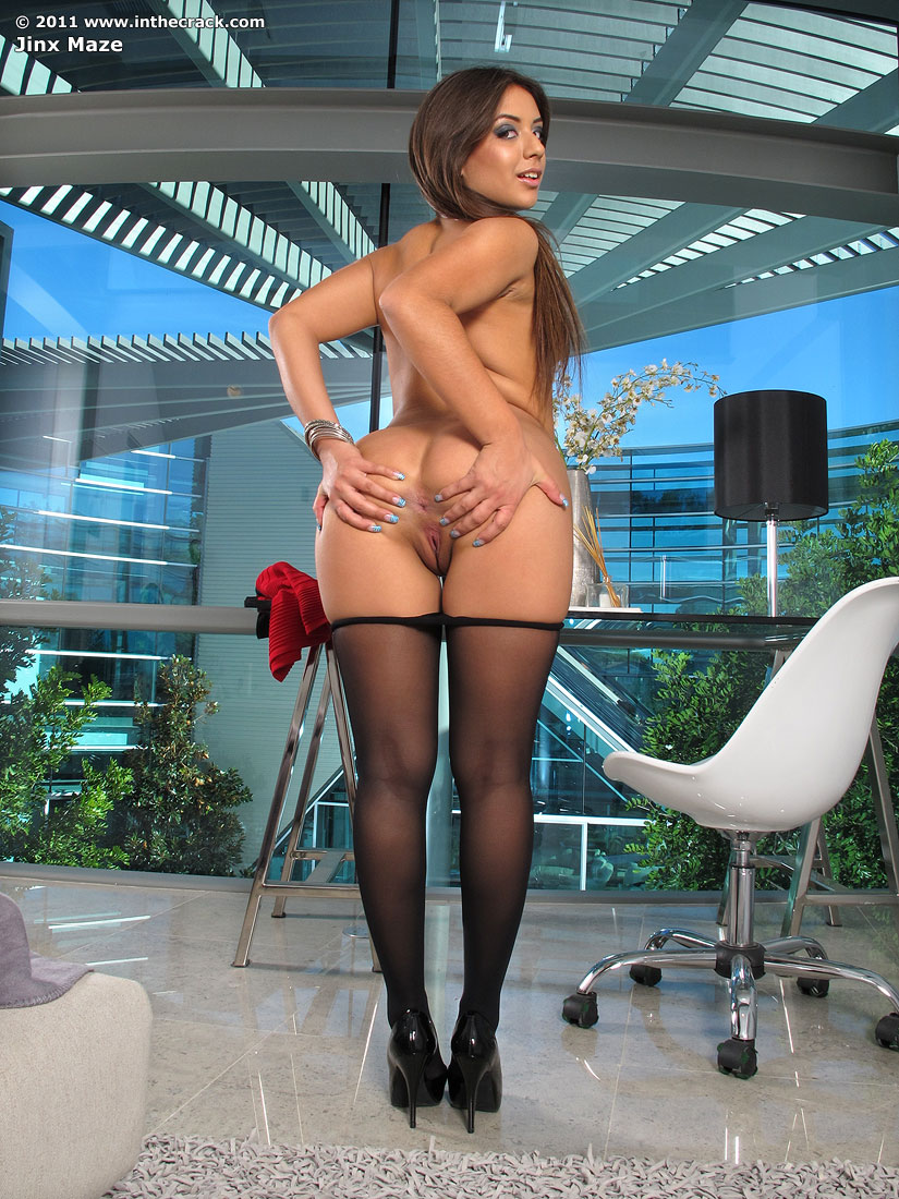 Amisha patel naked picture