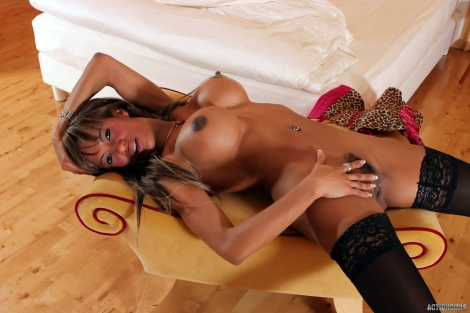 Horny ebony girl in black stockings and lingerie Tyra Lex free pics