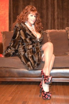 Samantha Legs videos fur coat and nylons