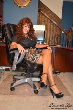 redhead legs in nylons sexy secretary Samantha Legs free videos and pics