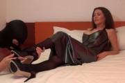 Mistress Susi video: Worship your mistress legs and feet in stockings