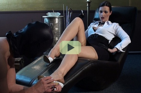 victoria valente video nylon foot worship