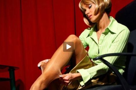 lily-wow-video-milf-shiny-pantyhose-secretary