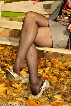 Sexy feet in pantyhose heels dangling Pantyhose Angel Lovette