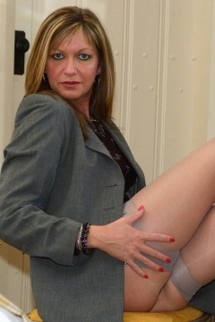 Satin Jayde office boss nylons tease, high heels stockings secretary