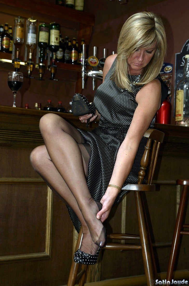 All clear, bars in pantyhose very