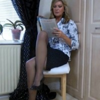 Satin Jayde video – Sexy UK housewife upskirt stockings tease
