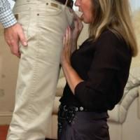 Satin Jayde pictures British housewife nylon handjob & blowjob
