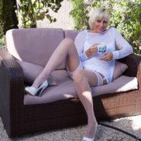 Jan Burton stockings pics – Jan's Nylon Sex