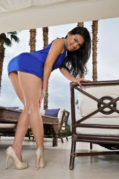 Cindy Starfall in blue dress spreading her pussy Hot upskirt pics