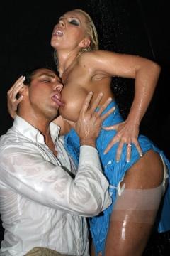 Wet nylon stockings sex in shower Leggy Lana Cox free porn