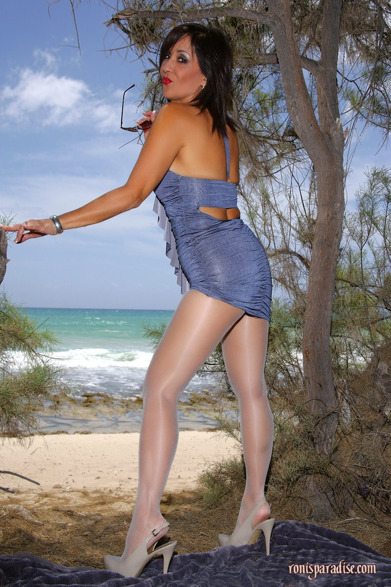 Bollywood axtor nude