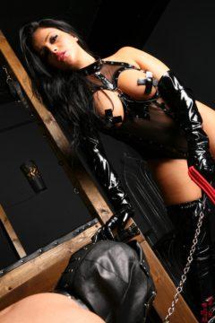Jasmine Jones with a slave Femdom pics Worship Jasmine