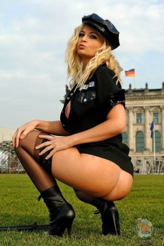 Bobbi Eden stockings pussy nude in public in Berlin hot blonde dutch pornstar