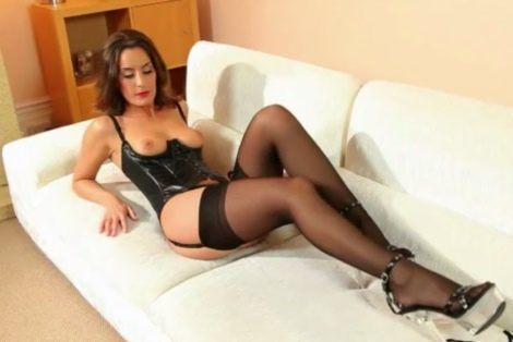 Strictly Glamour free video Mistress Emily long legs stockings heels