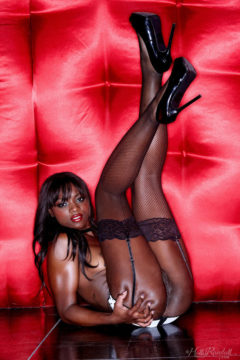 Ana Foxxx ebony goddess pussy in lingerie stockings high heels
