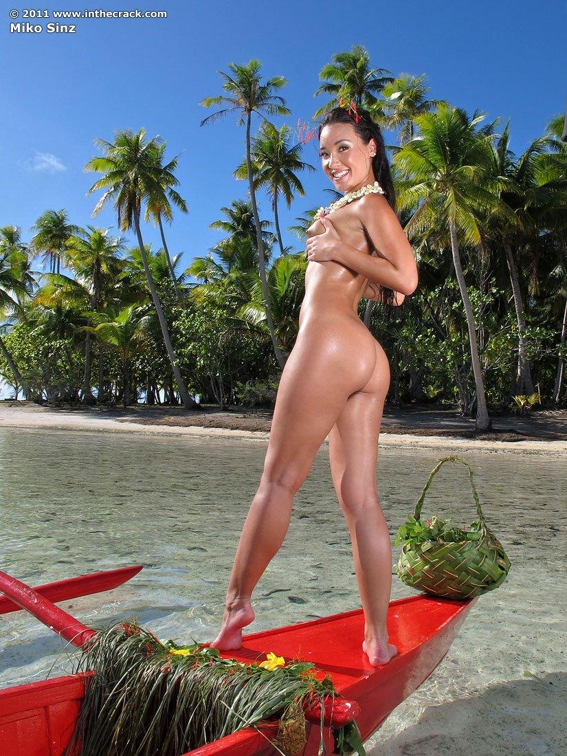 from Maxton sexy hula girls nude