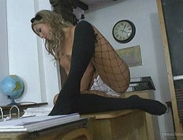 Natalia Forrest videos Sexy nude exotic blonde in clasroom