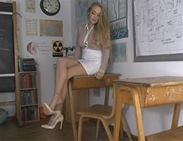 St Mackenzies videos Miss Brooks sexy legs nylons stiletto heels miniskirt