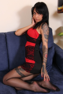 Tattoo girl black pantyhose nylon feet tease Felisja - Piedi Velati
